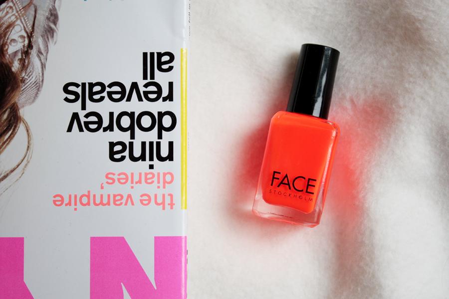 Face Nail 83