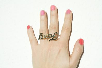 Foxy nails