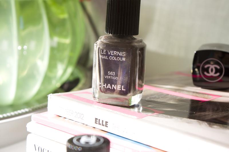 Chanel Fall/Winter Nails 2012