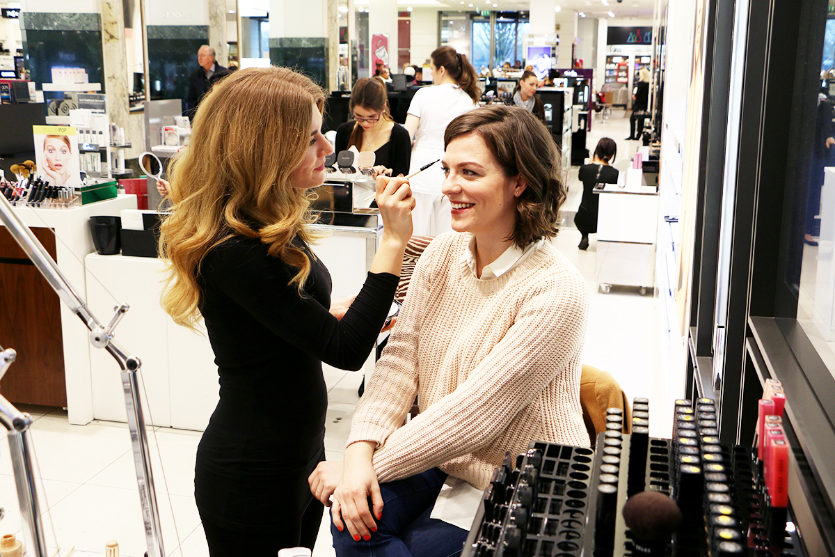 Bobbi Brown Make-Up Lesson / Foxycheeks