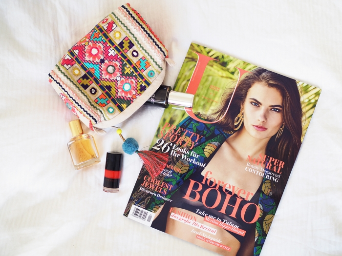 Unger Magazine Sunday Read /Foxycheeks