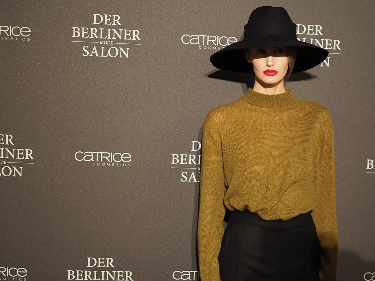 Isabell de Hillerin / Fashionweek Berlin / Foxycheeks