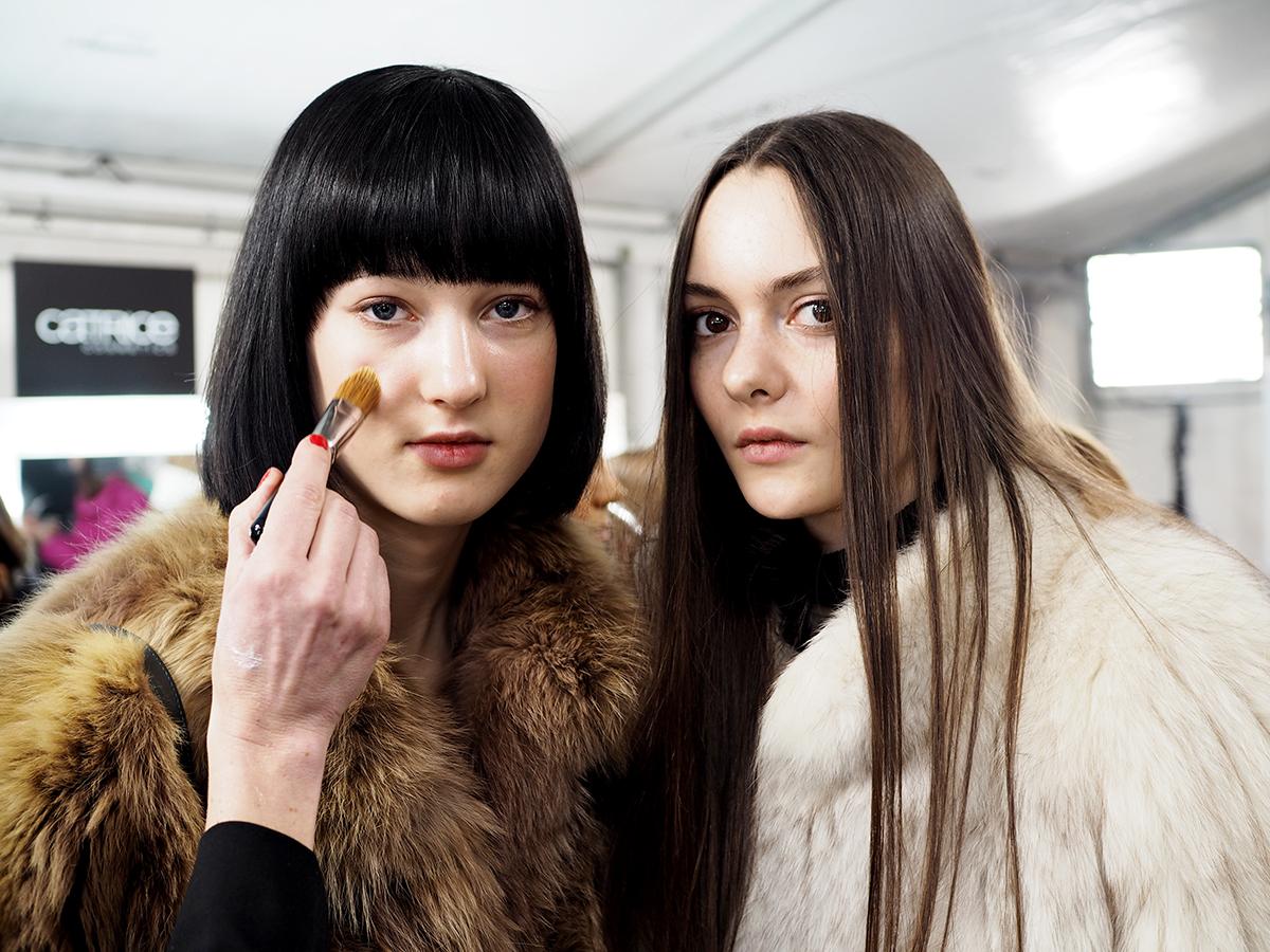 Odeeh / Runway Make-up Backstage Make up / Hanna Schumi Beautyblog