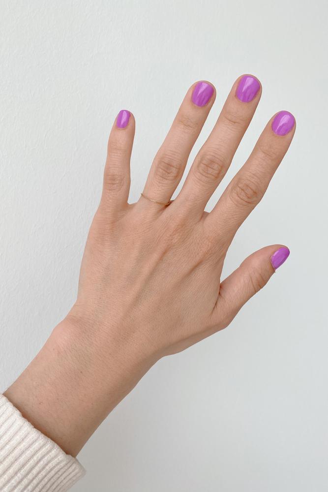 Lila Neon Nagellack Kester Blacke Lilac